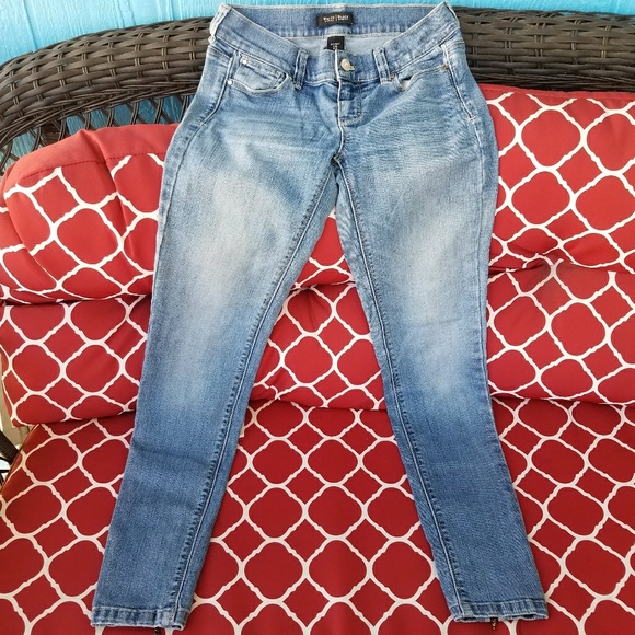 White House Black Market Denim - White Black Blue Jeans Skinny Es 00R Leg